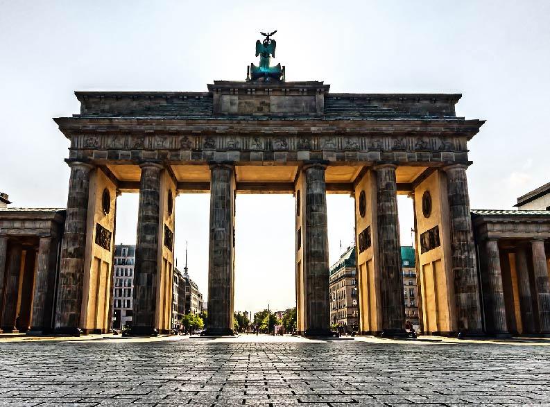 BERLINO OKTOBER FEST4-01