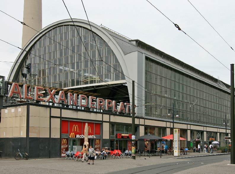BERLINO OKTOBER FEST3-01