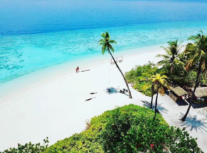 MALDIVE4-01
