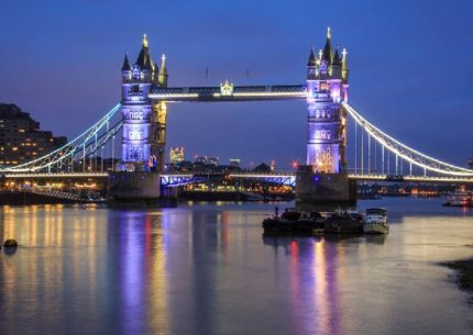 londra natale tower bridge