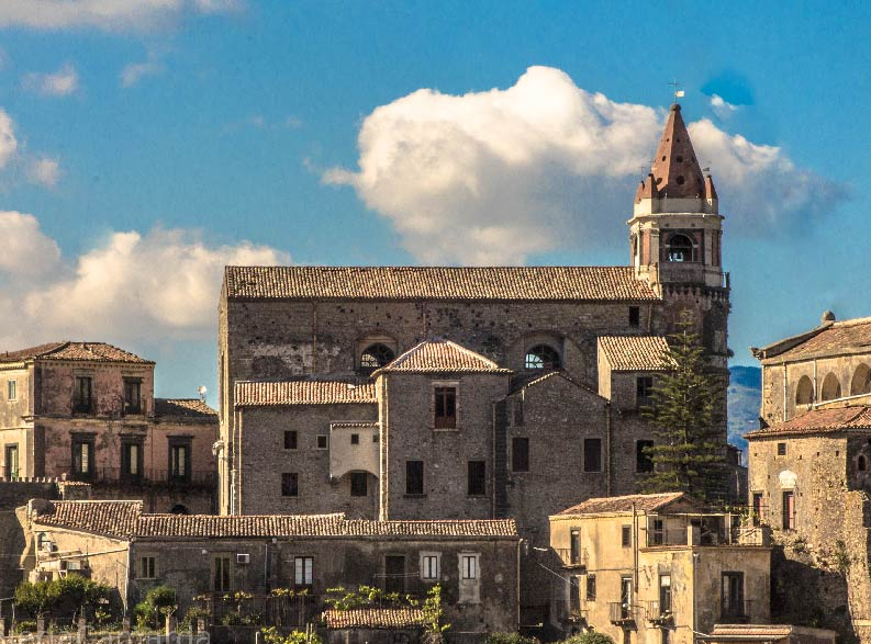 tour Castiglione_di_Sicilia 5-01