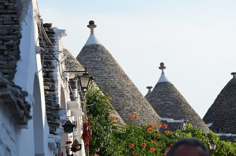 alberobello-italy-trulli-puglia-summer-travel